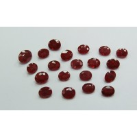 Ruby-Oval: 5mm x 4mm
